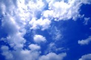 白云飄飄 云海綿綿