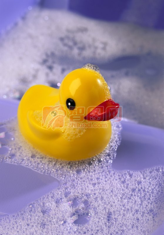 水泡中的玩具