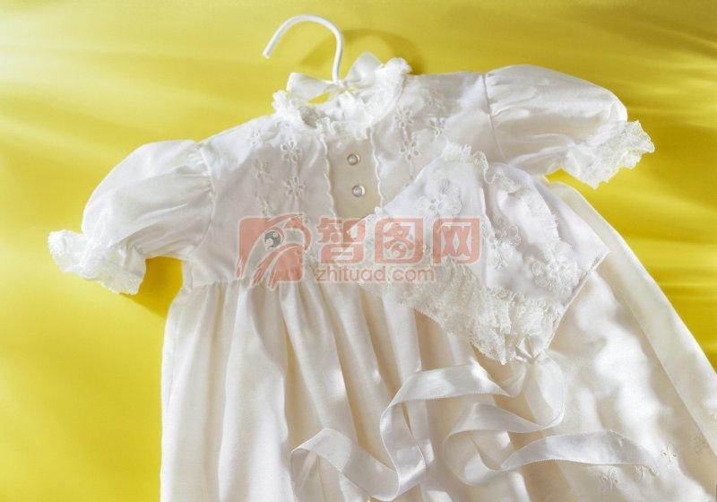 白色小裙子