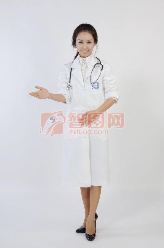 做介绍的医生