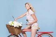 自行车美女