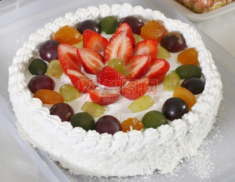 什果冰激凌蛋糕