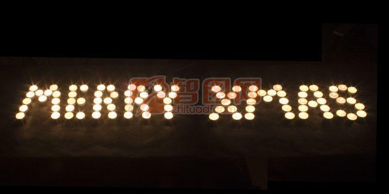 蜡烛组成的字母