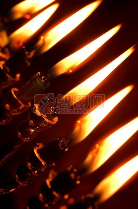 首页 摄影专区 生活百科 生活素材  关键词: 说明:-燃烧的蜡烛 上一张