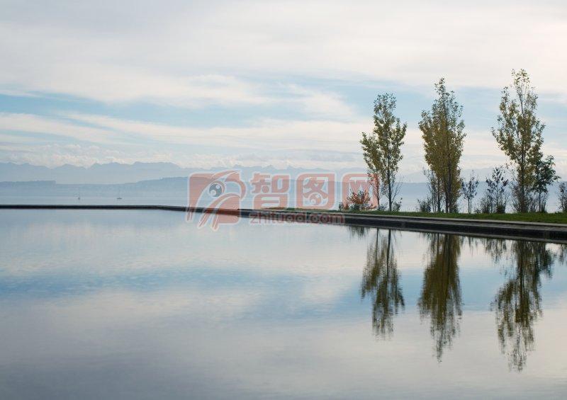 首页 摄影专区 自然景观 自然风景  关键词: 镜面湖水 自然风景元素