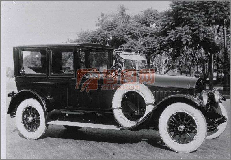 黑色古董車元素