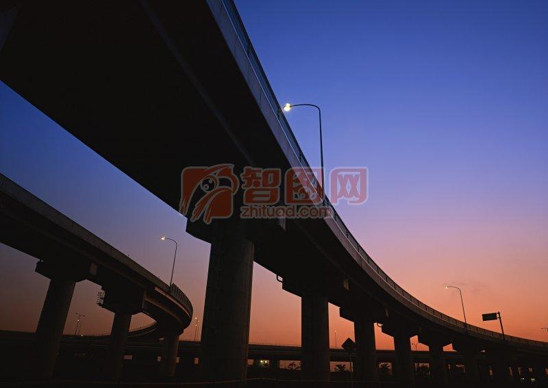 城市高架橋