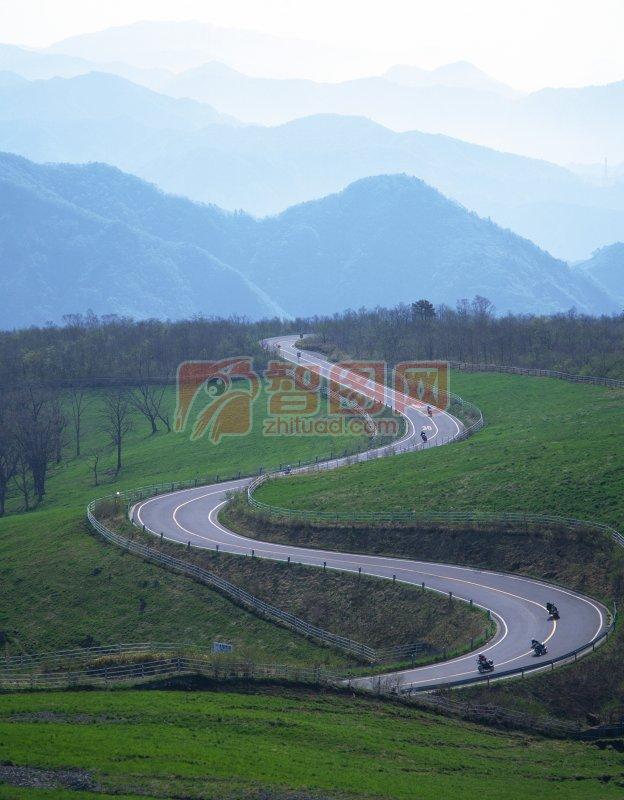 首页 摄影专区 自然景观 自然风景  关键词: 说明:-弯曲公路 上一张