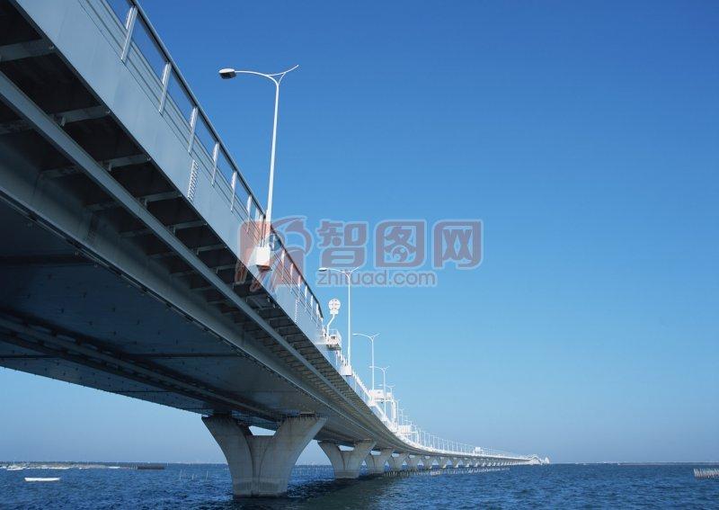 海面高架橋