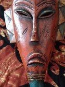 棕红色面具