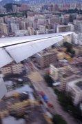 城市上空飛機