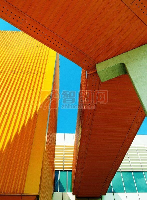 橙黃色建筑面
