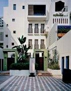 白色建筑照片