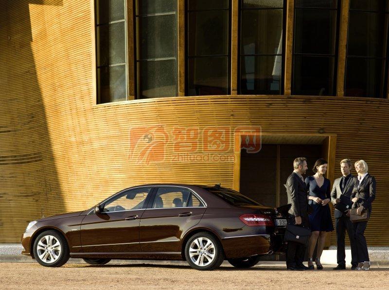 棕色轎車元素