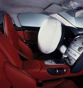 轎車安全元素