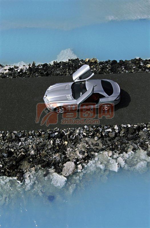 銀色轎車素材攝影