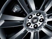 轎車車輪攝影元素
