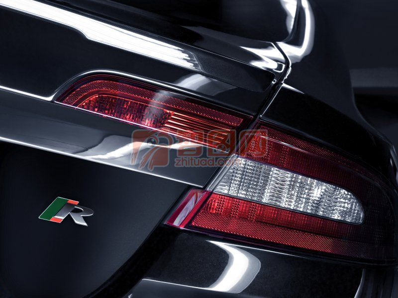 轎車尾燈元素