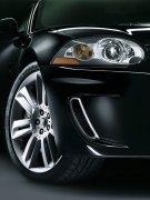 黑色車身轎車攝影