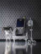 银灰色手机