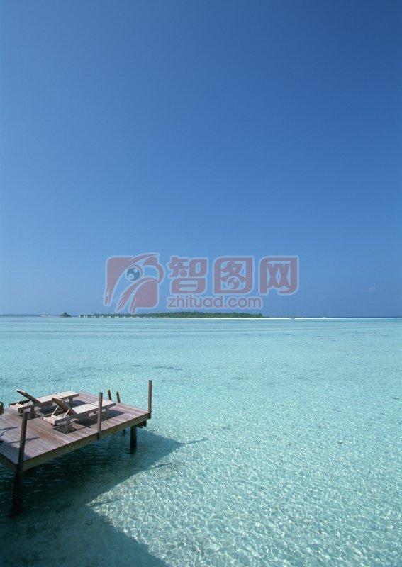 关键词: 高清大海 大海元素 蓝色背景 大海素材 大海摄影元素 说明