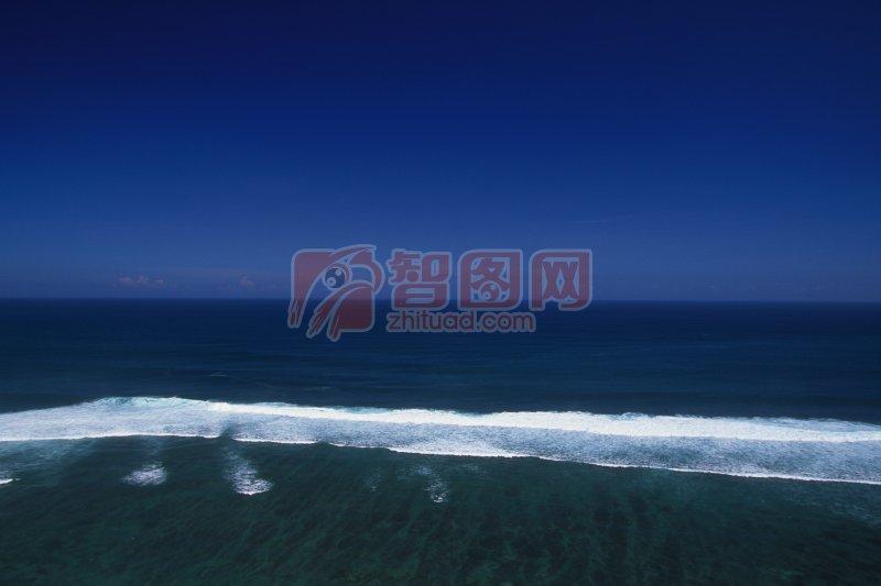深藍色背景海景元素