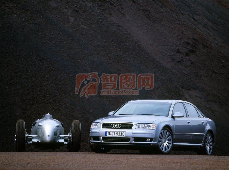 A8L轎車正面攝影