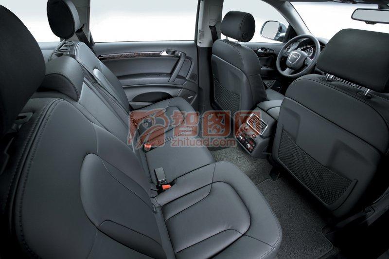 Q7轎車座椅