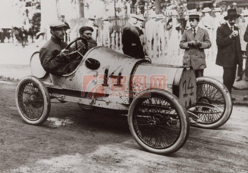 灰色背景古董轿车元素