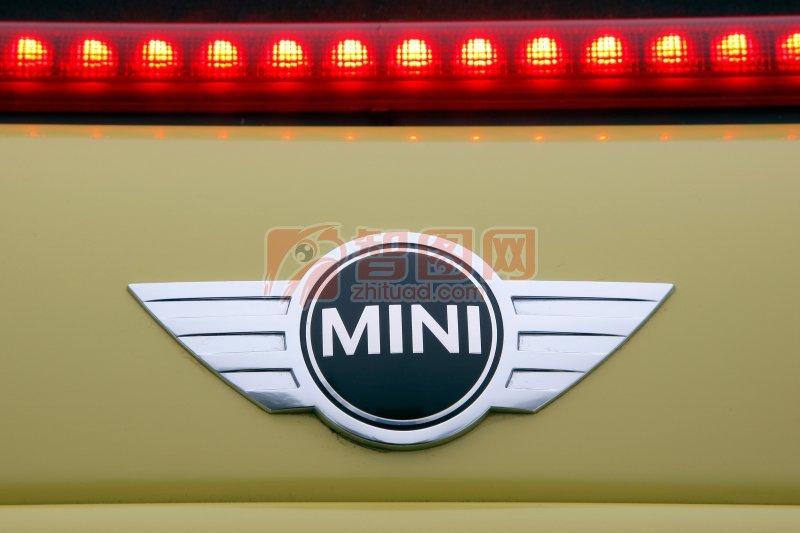 MINI轎車標識