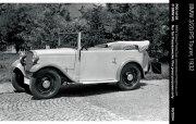 白色古董車
