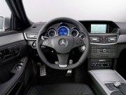 2010款E級轎車內部
