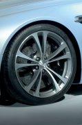 轿车轮胎元素