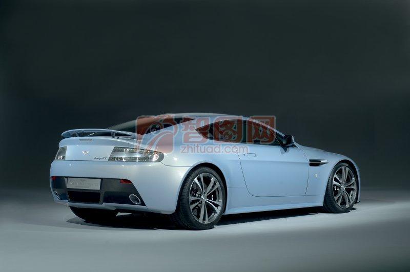 V12RS轿车元素