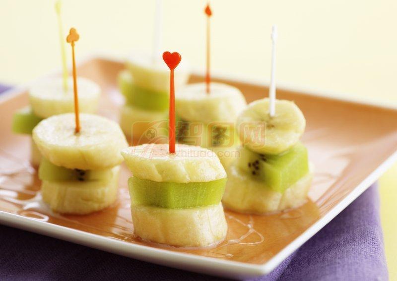 关键词: 高清拼盘 水果拼盘 香蕉元素 绿色猕猴桃 水果摄影元素 说