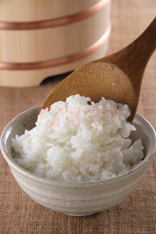 首页 摄影专区 餐饮美食 传统美食  关键词: 高清米饭 勺子元素 白色