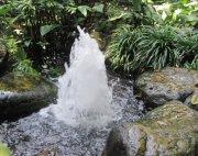 動感噴泉水