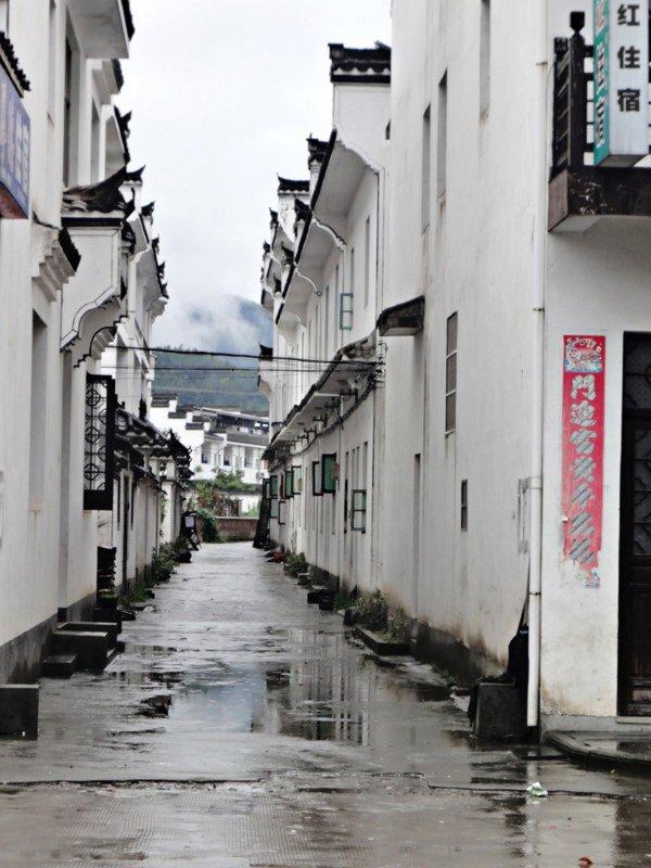 壁纸 风景 古镇 建筑 街道 旅游 摄影 小巷 600_800 竖版 竖屏 手机