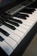钢琴黑白琴键
